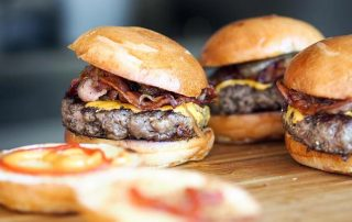 Como fazer hamburger em casa